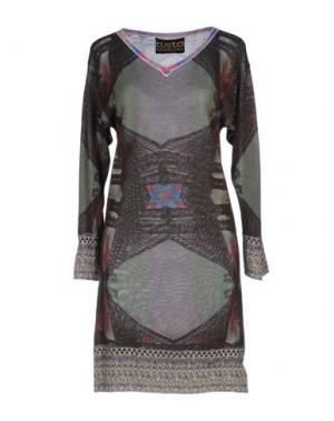 Короткое платье CUSTO BARCELONA. Цвет: коричневый