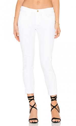 Укороченные джинсы FRAME Denim. Цвет: none