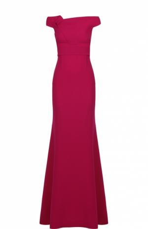 Приталенное платье-макси с открытыми плечами и драпировкой Roland Mouret. Цвет: фуксия