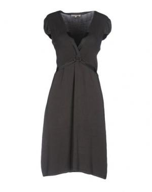 Короткое платье KOOKAI. Цвет: темно-зеленый