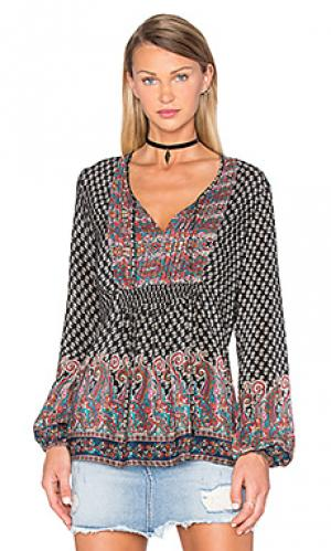 Блузка sonya Tolani. Цвет: черный