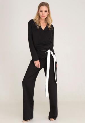 Комплект блуза и брюки Lezzarine. Цвет: черный