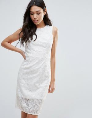 Talulah Платье с бантом на талии Romantic Desire. Цвет: белый