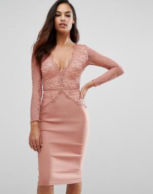 Rare Платье миди с фигурным кружевом и глубоким вырезом London. Цвет: розовый
