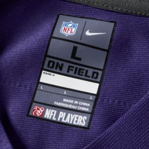 Мужское джерси для американского футбола игры на своем поле NFL Baltimore Ravens (Joe Flacco) Nike. Цвет: пурпурный