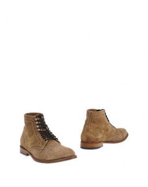 Полусапоги и высокие ботинки BRIAN DALES. Цвет: бежевый