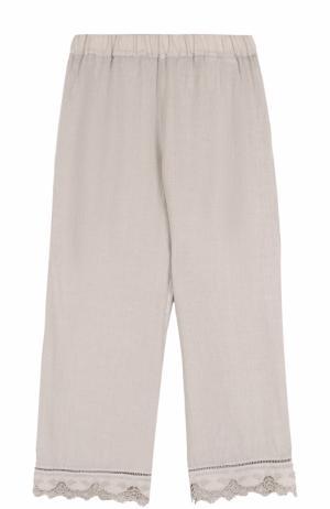 Укороченные льняные брюки с кружевной отделкой 120% Lino. Цвет: бежевый