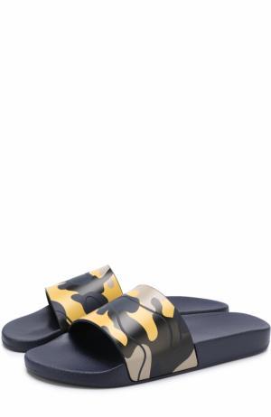 Резиновые шлепанцы  Garavani с камуфляжным принтом Valentino. Цвет: желтый