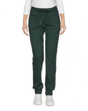 Повседневные брюки CARLSBERG. Цвет: изумрудно-зеленый