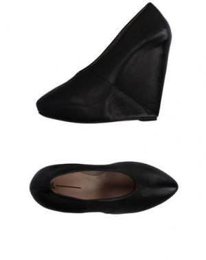Туфли EL. Цвет: черный
