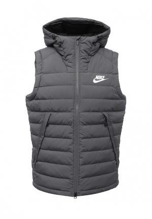 Жилет утепленный Nike. Цвет: серый
