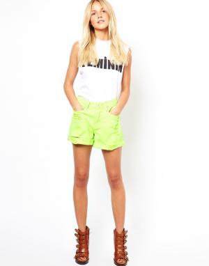 Джинсовые шорты Jovonnista. Цвет: зеленый