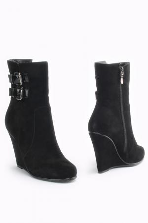 Ботинки Kapricci. Цвет: черный
