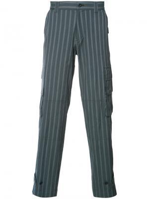 Полосатые брюки с накладными карманами Undercover. Цвет: синий