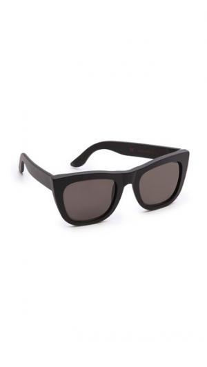 Матовые солнцезащитные очки Gals Super Sunglasses
