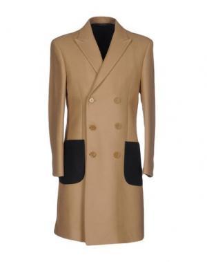 Пальто LC23. Цвет: песочный