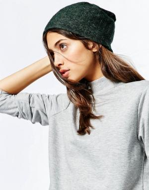 Hat Attack Свободная шапка-бини в рубчик. Цвет: зеленый