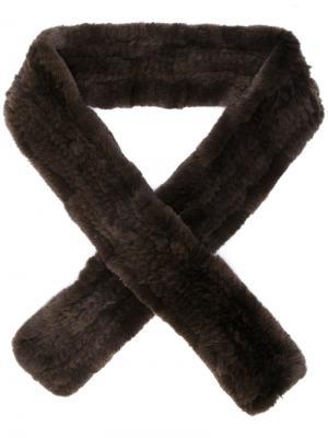 Шарф из кроличьего меха Yves Salomon Accessories. Цвет: коричневый