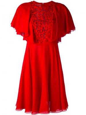 Расклешенное платье с отделкой макраме Giambattista Valli. Цвет: красный