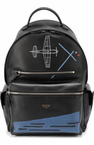 Кожаный рюкзак с контрастным принтом Bertoni. Цвет: черный
