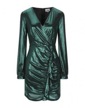 Короткое платье ALLURE. Цвет: изумрудно-зеленый