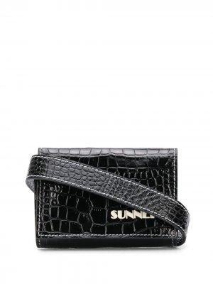 Бумажник с тиснением под кожу крокодила Sunnei. Цвет: черный