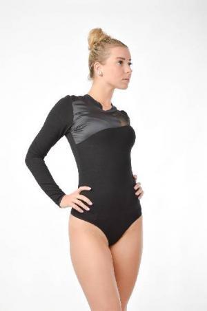 Блуза-боди Arefeva. Цвет: черный