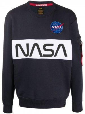 Толстовка из коллаборации с NASA Alpha Industries. Цвет: синий