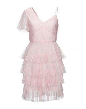 Платье до колена GLAMOROUS. Цвет: розовый