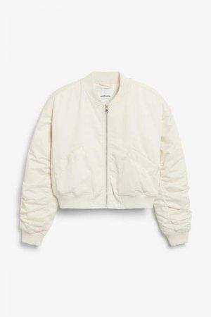 Куртка-бомбер со сборками Monki. Цвет: белый, бежевый