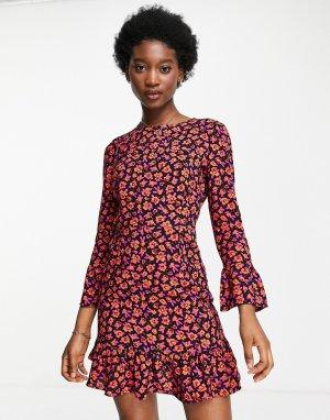 Темно-красное платье мини с длинными рукавами и цветочным принтом -Красный Stradivarius