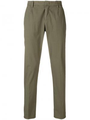 Классические брюки чинос Dondup. Цвет: зеленый