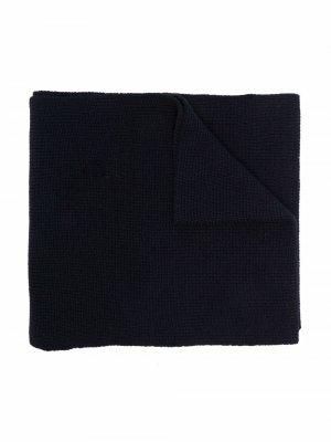 Шарф в рубчик с нашивкой-логотипом Moncler Enfant. Цвет: синий
