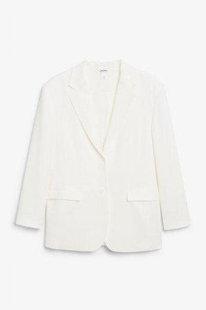 Однобортный пиджак Monki. Цвет: белый