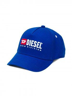Кепка с вышивкой Diesel Kids. Цвет: синий