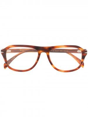 Солнцезащитные очки 7006/G/CS в квадратной оправе Eyewear by David Beckham. Цвет: коричневый