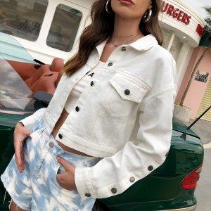 Укороченная джинсовая куртка с клапаном на плечах и карманом SHEIN. Цвет: белый