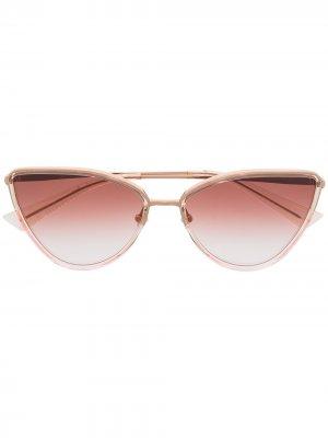Солнцезащитные очки Sine в оправе кошачий глаз Christian Roth. Цвет: золотистый