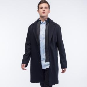 Куртка Пальто Lacoste. Цвет: черный