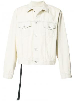 Джинсовая куртка с принтом на спине Unravel Project. Цвет: белый