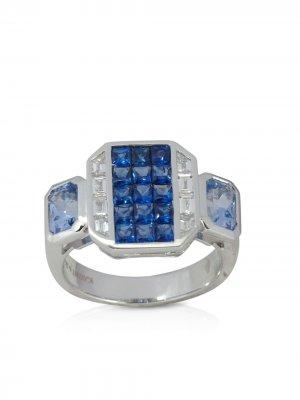 Перстень Geoart из белого золота с бриллиантами и сапфирами Kavant & Sharart. Цвет: серебристый