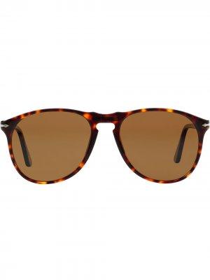 Поляризованные солнцезащитные очки-авиаторы Persol. Цвет: коричневый