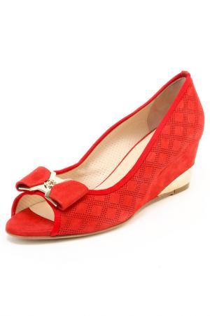 Туфли Essere. Цвет: красный