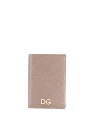 Обложка для паспорта с логотипом Dolce & Gabbana. Цвет: нейтральные цвета