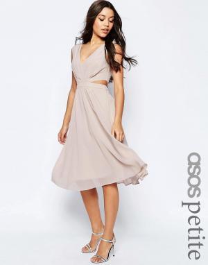 Платье миди с вырезами сбоку ASOS PETITE. Цвет: розовый