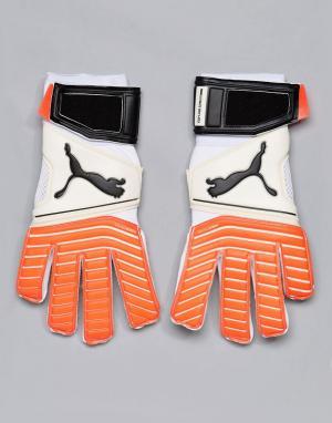 Белые вратарские перчатки One 17.2 RC 04132501 Puma. Цвет: белый