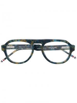 Очки в квадратной оправе Thom Browne Eyewear. Цвет: зеленый