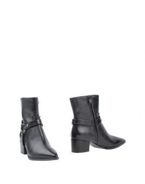 Полусапоги и высокие ботинки HTC. Цвет: черный