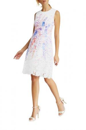 Платье Apart. Цвет: кремовый, мультицвет