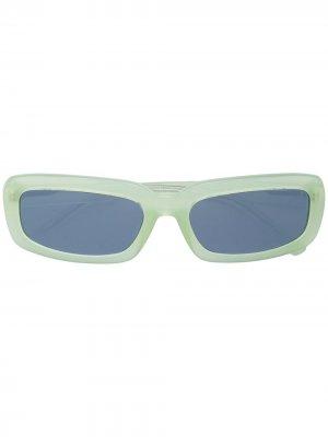 Солнцезащитные очки в прямоугольной оправе Linda Farrow. Цвет: зеленый